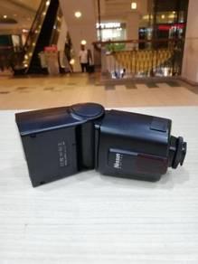 Nissin di600 speedlite-canon (99% new)