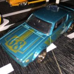 Hot Wheels Nissan Skyline 2000 GT-R KENMERI