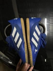 Adidas sala futsal shoes