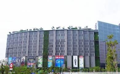 Good UNIT!!! The Square, One City Unit for Sale