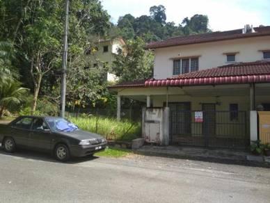 Corner 2 sty terrace house, taman shahbandar height, bentong, pahang