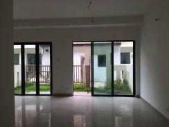Puchong 2.5 Story Lakeside For Rent, Aircond, Water Heater, Fan, Light