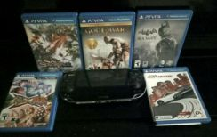 Ps vita with 5 game