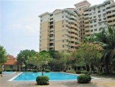 Bangi, Vista Seri Putra apartment with full furniture