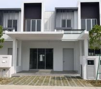 Casa View Cybersouth Dengkil House For Rent