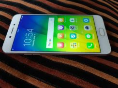 Oppo A77 like new