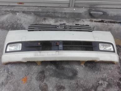 Bumper depan avy 06