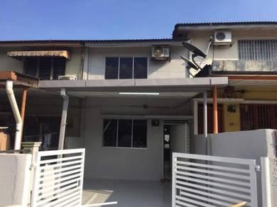 2 Sty Terrace House, Taman Castlefield, Sri Petaling, Sungai Besi