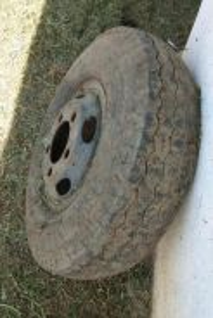 Tyre lori & Hidrolic Jack