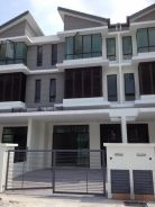 2.5 Storey House , Taman Putra Impiana , Puchong