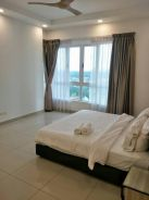 Tropez Danga Bay Tropicana High Floor 3 Carparks 1668sqft 10mins CIQ