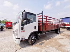 New Isuzu NPR 21ft Wooden cargo 5 years Warranty