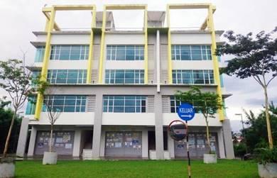 4 STOREY BUILDING with LIFT Ukay Boulevard MRR2 opposite ZOO NEGARA