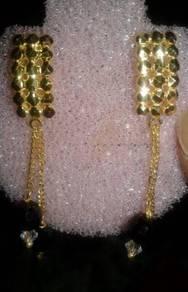 916 Black pearl earrings