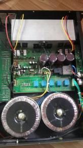 Mencari power mixer rosak