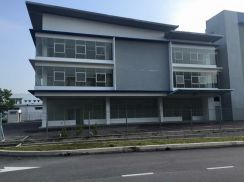 New 3sty Office Cum 1sty warehouse Semi Detached Factory Balakong