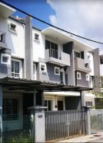 Parit Buntar [2½ Storey Terrace House]