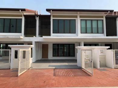 Brand new house bukit jalil double storey puchong kinrara sewa