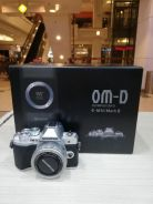 Olympus om-d e-m10 mark iii with 14-42mm kit