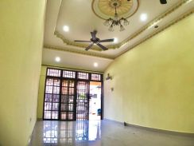 1sty Taman Indahpura Jalan Iris Kulai Johor