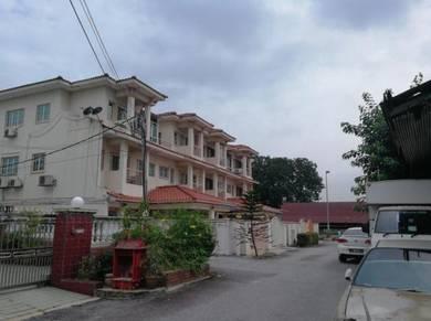 Jalan Ipoh Taman Rainbow 3 Storey Terrace Link House