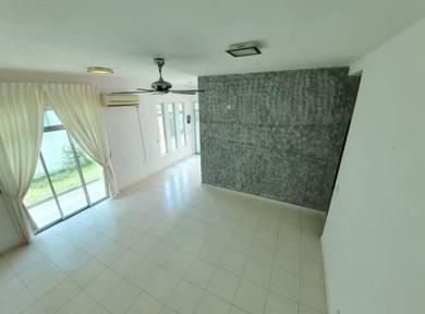 Nusa idaman,jalan idaman 6 (2 storey end lot )+12 feet land