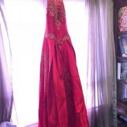 Red and gold embroidery wedding night gown