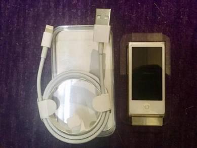Ipod Nano 16GB full set