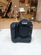 Canon eos 7d with bg-e7 battery grip (sc 48k only)
