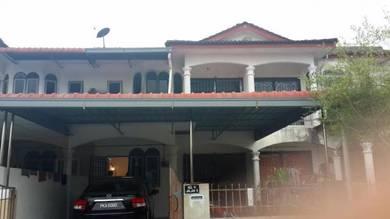 Double storey house tmn. saujana jaya, taiping