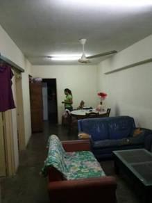 Pelangi apartment, Kota Damansara
