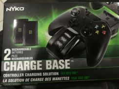 Xbox controller charge base with recharg batteries