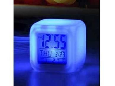 7 Mood Warna, Jam Alarm Kalendar & Suhu