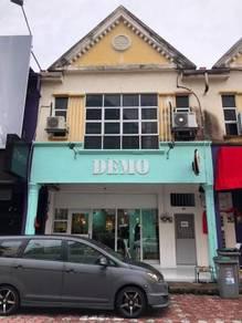 Taman flora utama shop facing square one mall batu pahat