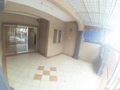 Rumah teres 2 tingkat bawah 300k bdr rinching 5
