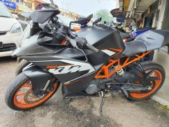 KTM RC200 Tip Top Condition Full