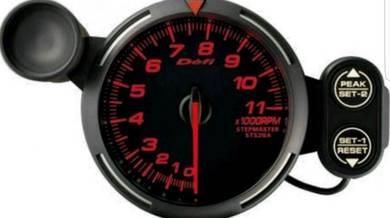Defi RPM meter 80 mm shift light 0-11000 rpm