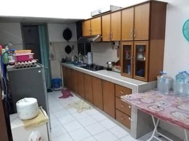 Kasturi Tiara Apartment Balakong near C180 Cheras ( Ground Floor )