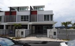 2sty house, Seremban Freehold, Gated with Guard, 20x70,Fully Extended