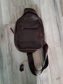 Hummer Sling Bag Leather