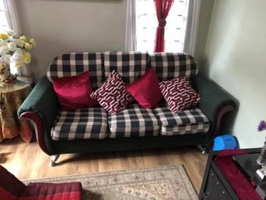 Sofa 3+2+1 untuk dijual