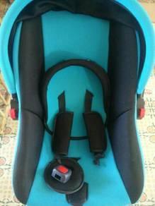Baby Car Seat dan Stroller