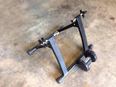 Indoor bicycle exercise machine stand