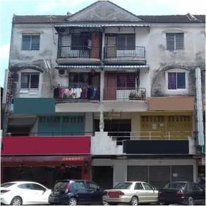Taman Tasek Emas, Kampar, 3rd floor of 4 storey shopAPARTMENT