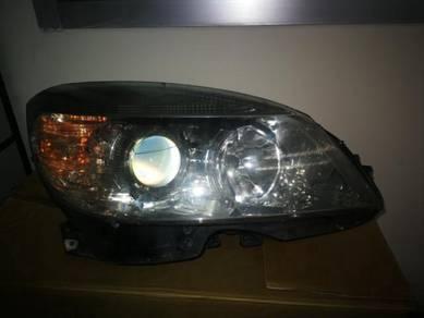 W204 headlamp