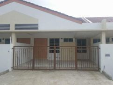 Rooms for rent at Desa Senadin Phase 7