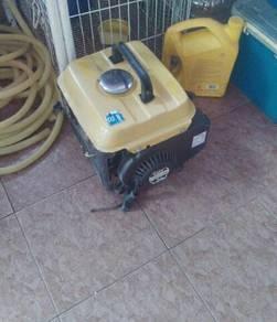 Generator untuk dilepaskan