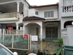 Taman Kepong Perdana 18x65 2try landed house nice location
