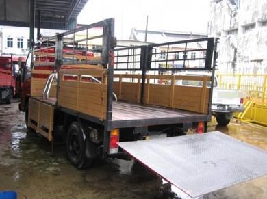 Hicom Perkasa 2.8 12 kaki Tail Lift Taillift Hino