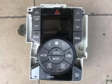No 5-1-7 Toyota Voxy Noah 07-13 Aircond Switch Jpn